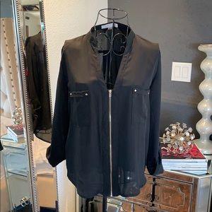 Front zipper blouse ✨
